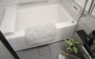 ユニットバスは浴室換気乾燥+追い焚き機能+LED照明付き(風呂)
