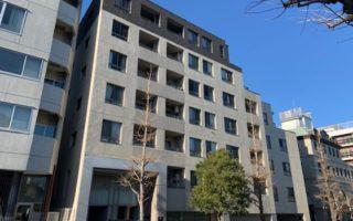 明治通り沿いの東急管理の高級賃貸マンション(外観)